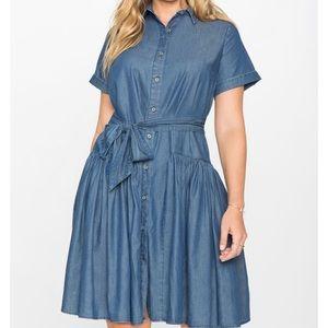 •ELOQUII•Blue Chambray Flounce Short Sleeve Dress